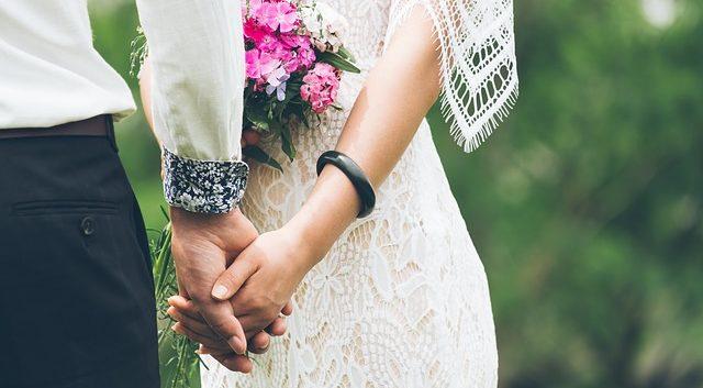 結婚式にはシンプルなプロフィールムービーがベスト